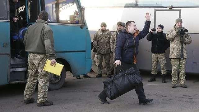 Между Киевом и Донбассом завершен крупнейший за время карательной операции обмен пленными