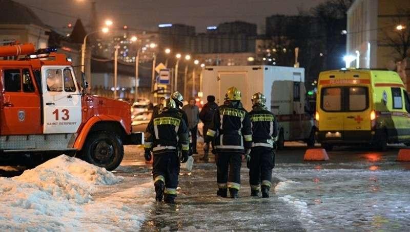 Петербург. При взрыве в супермаркете пострадали 13 человек