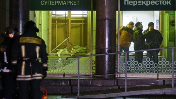 Число пострадавших при взрыве в магазине «Перекресток» в Петербурге выросло до 18 человек