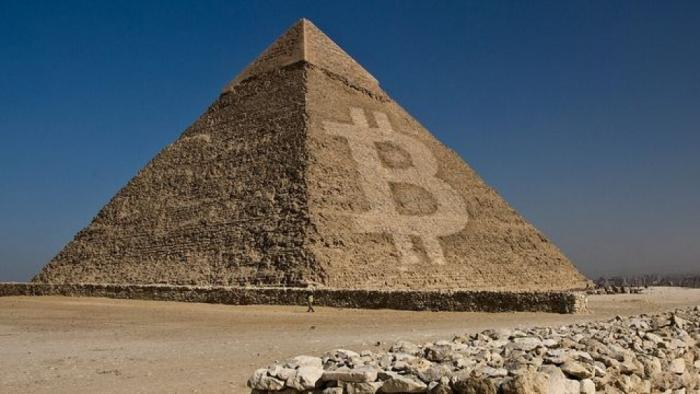 Как работает финансовая пирамида с криптовалютами?