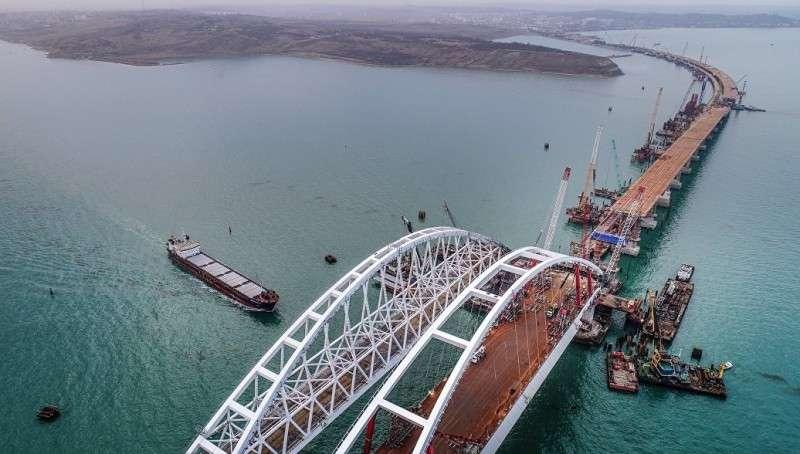 Генерал оккупационной ВСУ намекнул об уязвимости Крымского моста к ракетным ударам
