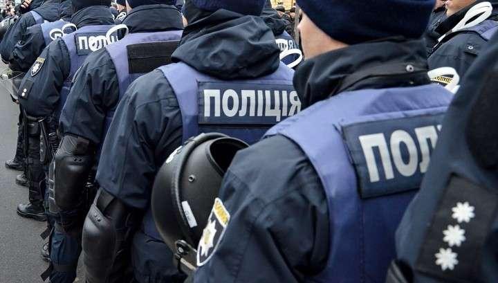 В Харькове террорист захватил почту и взял в заложники 9 взрослых и двое детей