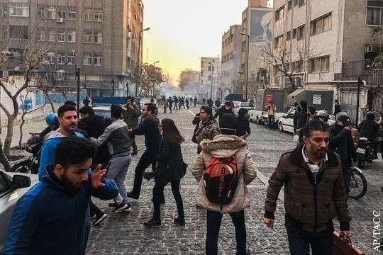 Протесты и беспорядки в Иране привели к жертвам