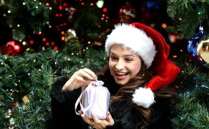 Почему женщины недовольны новогодними подарками?