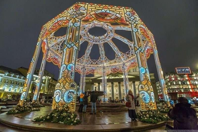 Большой театр и огромная беседка над фонтаном. красиво, красота, москва, новый год, праздник, рождество, столица, фотография