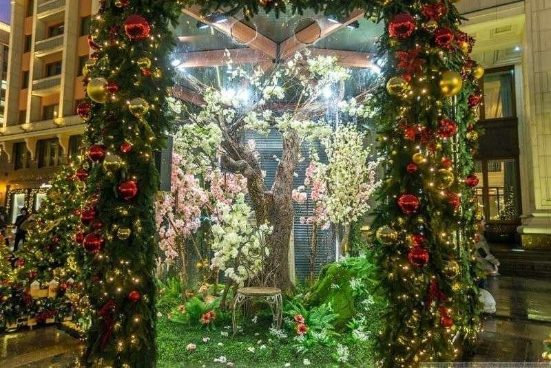 Это май-чародей, это май-весельчак. красиво, красота, москва, новый год, праздник, рождество, столица, фотография