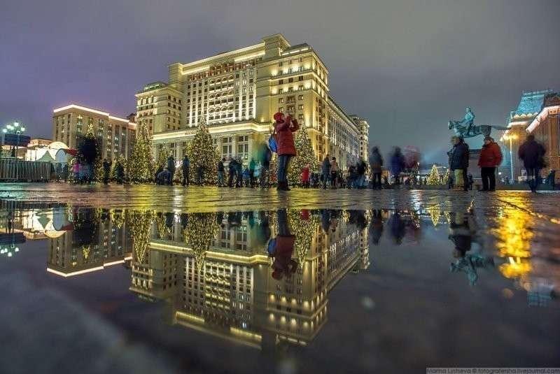 Московская зима с лужами. Гостиницу по старой памяти называем «Москва», но это уже давно Four Seasons. красиво, красота, москва, новый год, праздник, рождество, столица, фотография