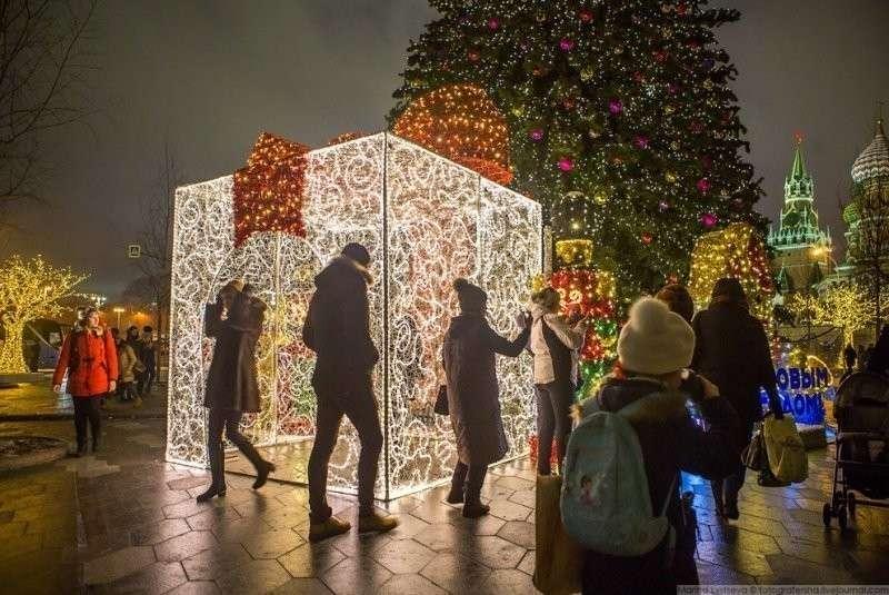 Пустая ажурная коробка — стань подарком, зайди внутрь. красиво, красота, москва, новый год, праздник, рождество, столица, фотография
