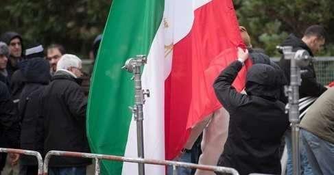 Чем цветная революция в Иране может грозить России?