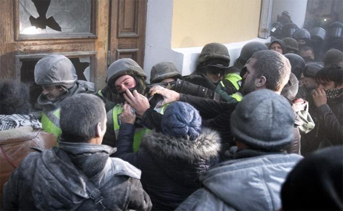 Еврейская хунта Украины дала эскадронам смерти «добро» на расправы