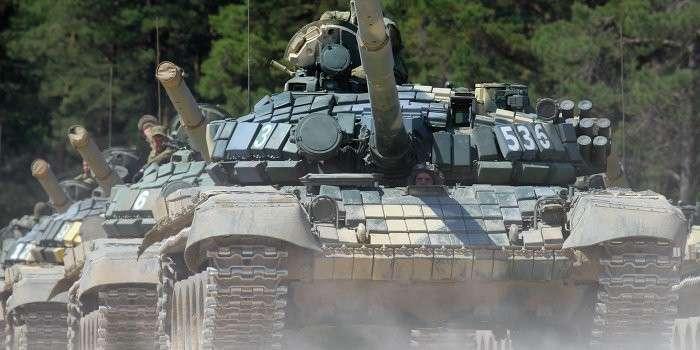 Украинская армия перебросила 500 единиц техники со стороны Славянска