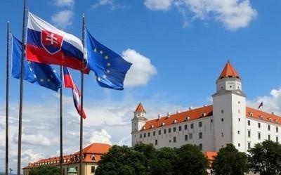 Сломали Югославию, сломали Украину: в Праге словаки представили книгу о войне в Донбассе