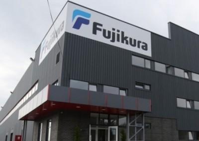 Японцы в шоке: украинские скакуны отказываются работать на японцев за 210 евро