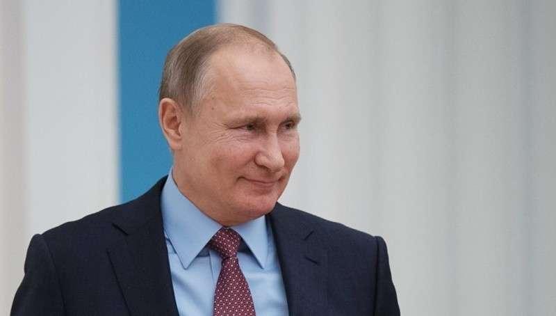 Украинская община Крыма решила поддержать на президентских выборах Владимира Путина