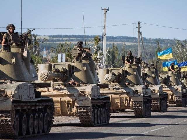 Украинская Хунта использует перемирие для передислокации и возведения укреплений