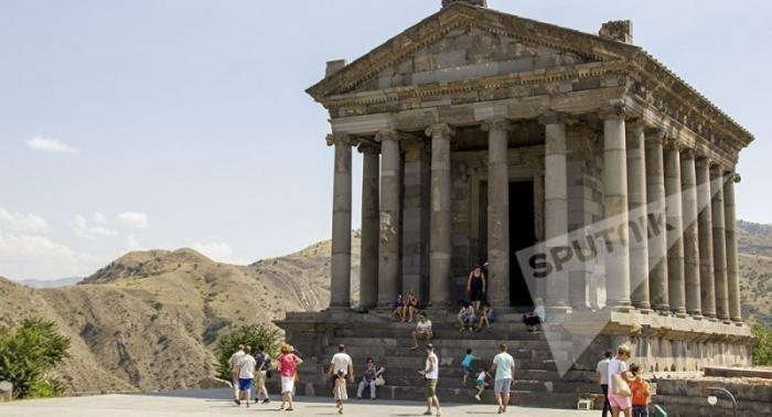 Древняя архитектура на Армянской земле: загадка или будоражащий храм Гарни
