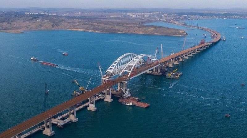 Действительно ли Крымский мост уязвим для ударов «майдаунских» генералов?