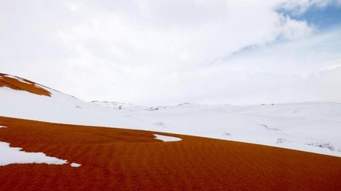 Второй год подряд в пустыне Сахара прошел снегопад
