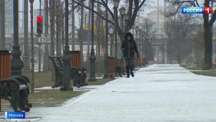 Москва: на смену аномальной оттепели в столице пришли морозы