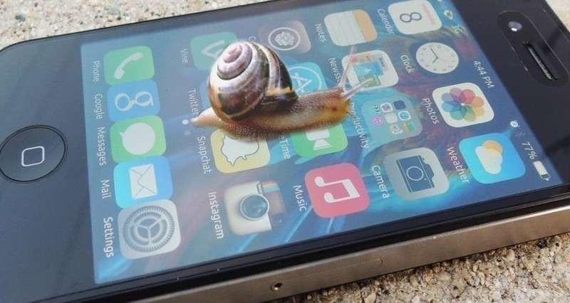 Apple постигла череда неприятностей в Европе