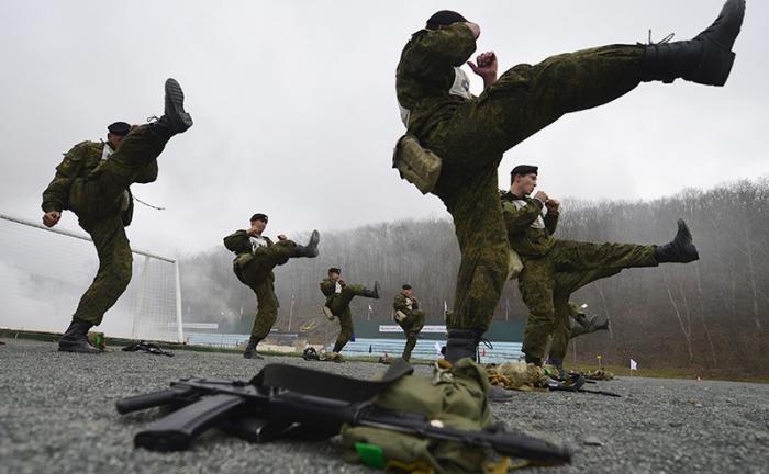 Киевская хунта обзаводится корпусом игрушечных «черных беретов»