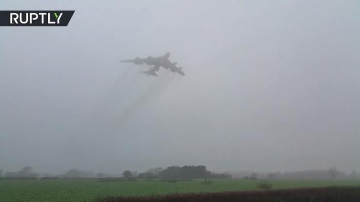 В Великобританию прилетели три бомбардировщики США В-52Н, способные нести ядерное оружие