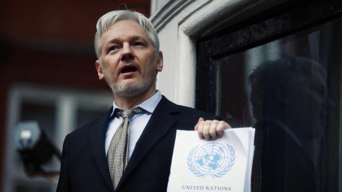 Эквадор подтвердил предоставление гражданства основателю WikiLeaks Джулиану Ассанжу