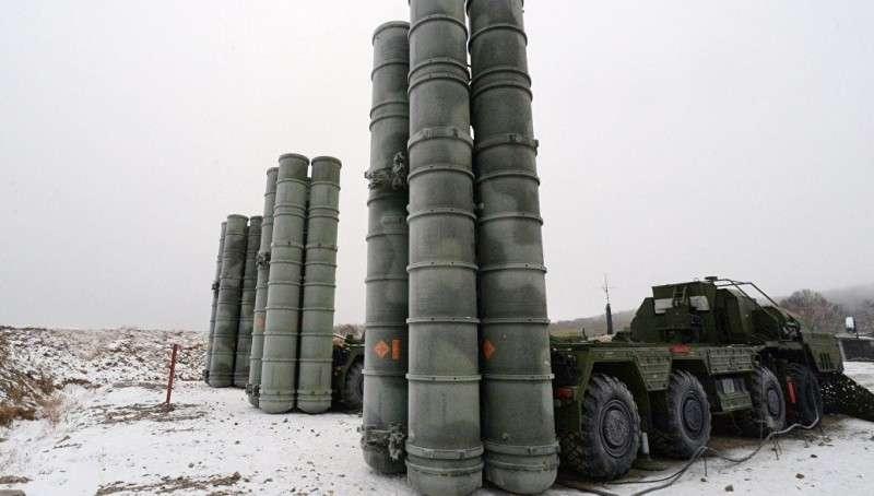 Крым: второй дивизион ЗРК С-400 встал на защиту границ