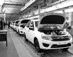 Автомобильный рынок России показал рост впервые за пять лет