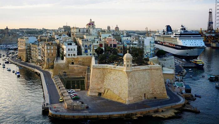 Семьсот продажных олигархов из России бежали под защиту Мальтийского Ордена