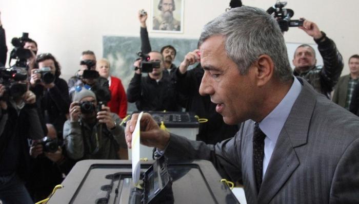 В Косове зверски расстрелян лидер сербов. Белград считает это убийство терактом