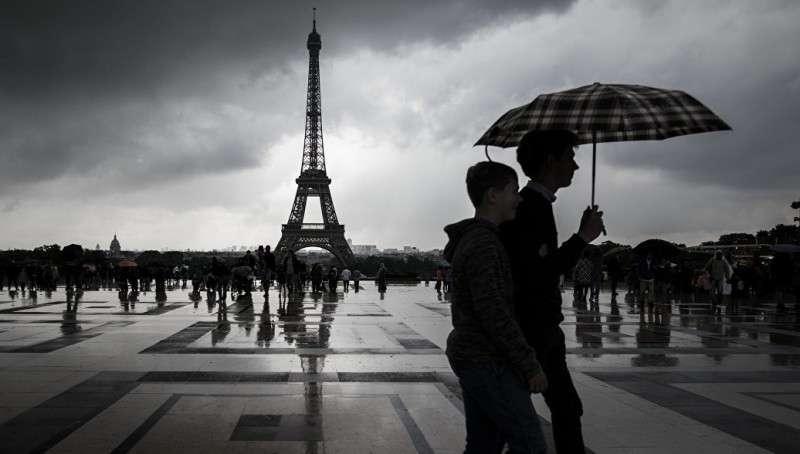 Французские паразиты массово мечтают, чтобы русские их взяли на содержание