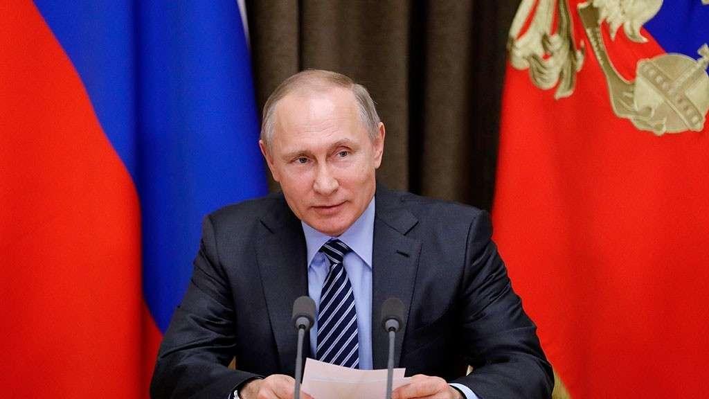Почему у меня вновь и вновь рисуется на горизонте фигура Путина?
