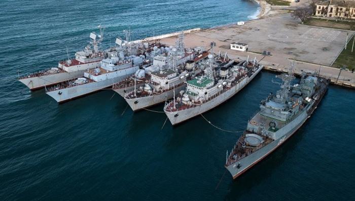 Что происходит с украинскими кораблями в Крыму: Ще не вмерли... Пока
