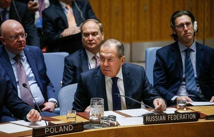 Россия не присоединится к договору о запрете ядерного оружия, заявил Лавров