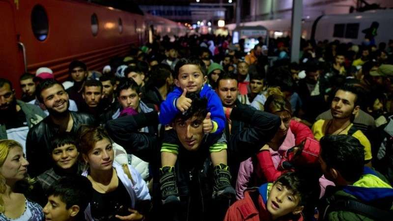 Германия начинает тихо избавляться от диких беженцев