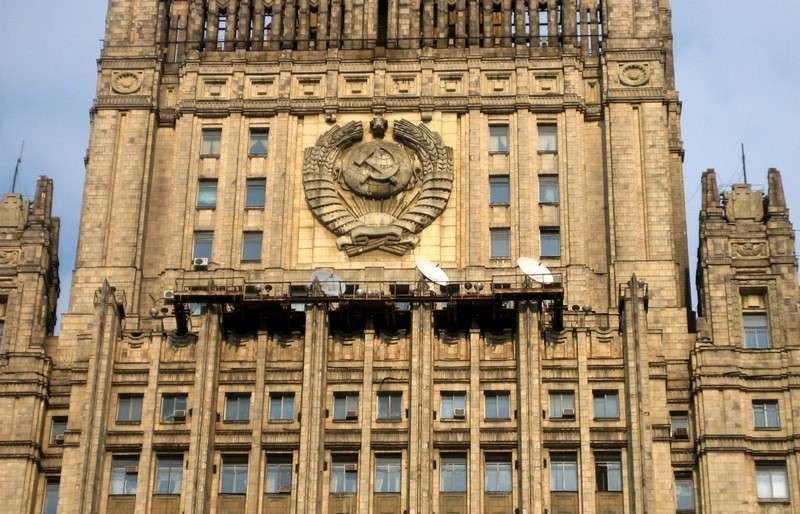 Россия приготовилась защитить своих граждан в Донецке