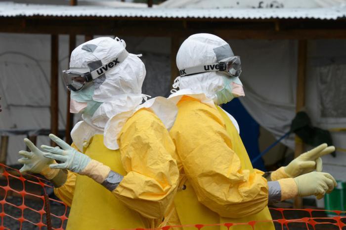 Фармацевтические компании не увидели выгоды в разработке вакцины против Эболы
