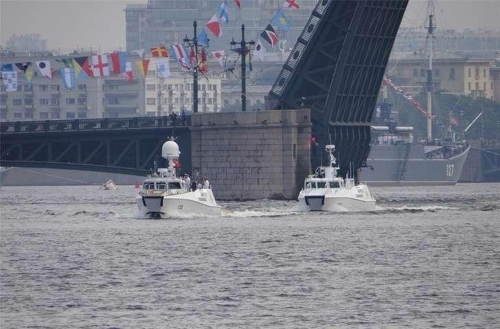 Военно-морской парад в Санкт-Петербурге стал самым заметным событием для ВМФ России в 2017