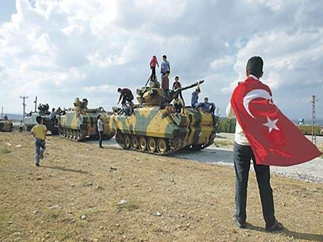Сирия: курды выбили туркоманов из деревни на границе с Турцией