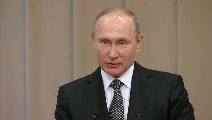 Владимир Путин предложил наказывать плохих судей понижением квалификации
