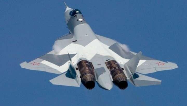 Российский истребитель Су-57 теперь летает с новейшим оружием