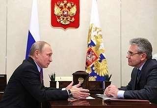 За победу в олимпиаде: по физике награда – 0 руб., по гимнастике – 10 миллионов рублей