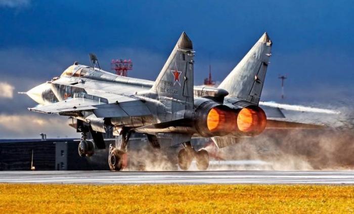 Новый МиГ-31БМ разогнали до сверсзвуковых 3400 км/ч