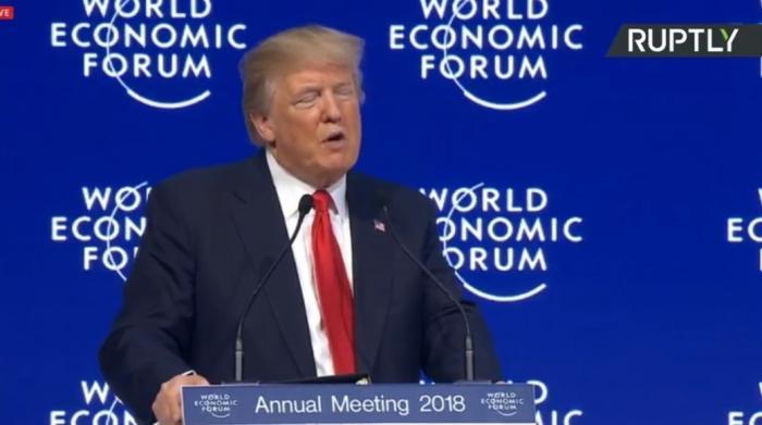 Дональд Трамп выступает на Международном экономическом форуме в Давосе. Прямая трансляция