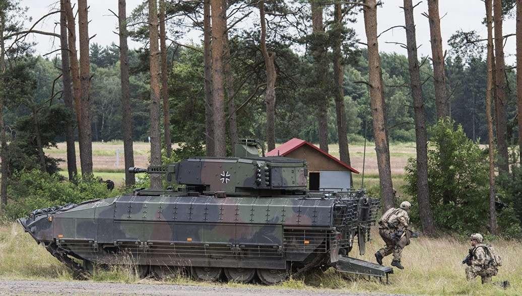 Новый немецкий БТР, разработанный для «устрашения» России, устарел ещё до ввода в строй