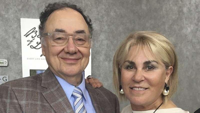 Фармацевтический миллиардер Шерман и его жена были демонстративно убиты