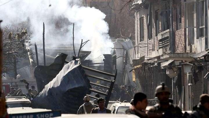 Теракт в Кабуле. В результате подрыва кареты скорой помощи 40 человек погибли, 140 ранены