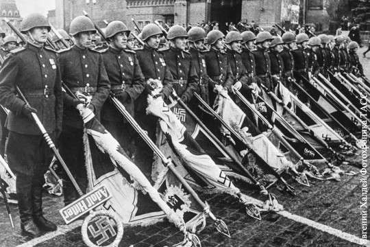 Бездарная судья признала фотографию Парада Победы демонстрацией нацистской символики