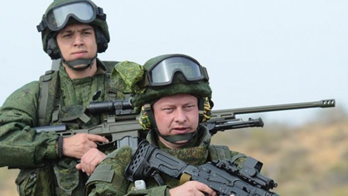 Российская армия принимает на вооружение сразу два новых автомата